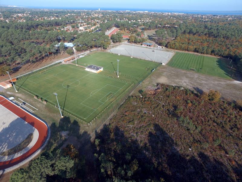 stades_de_football-petit.jpg