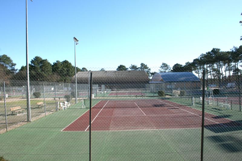 tennis-petit.jpg